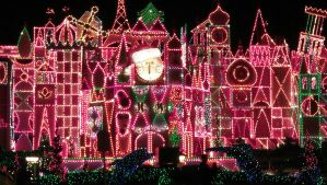 It's A Small World...On Christmas Light Crack by IReallyCantDraw4Poop
