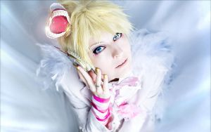 Kagamine Len: like an angel by WiseKumagoro