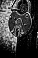 Old Lock by Saishuu-Karasu