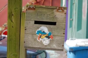 smurf letterbox by merr1n