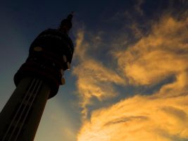 TV Tower by gatyi