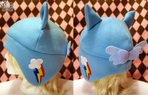 New Rainbow Dash Fleece Hat by MDHatters