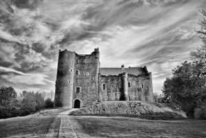 Doune Castle by BusterBrownBB