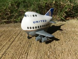 Egg Plane United Airlines Boeing 747 by Jetster1