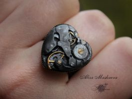 Steampunk heart ring from polymer clay by Krinna