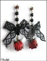Gothic Lace Roses by BaziKotek