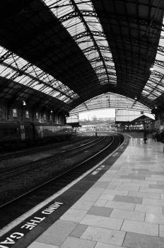 Temple Meads by brownstudies