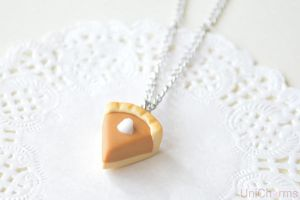 Pumpkin Pie Necklace by Unicharms