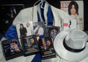 Some of My Michael Jackson Stuff by conkeronine