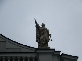 statue by Nusio21