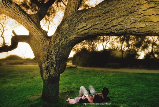 Jemi under a tree by socleartomenow