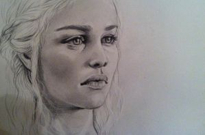Daenerys Targaryen (again) by nellanova