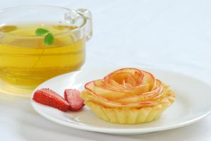 Apple Rose Tart by NekoShiro23
