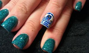 R2D2 - Nail Art by DignifiedDoll