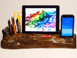 Driftwood Desk Caddy by HopeAndGracePens