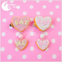Eat me (heart) Brooch and hair clip by CuteMoonbunny