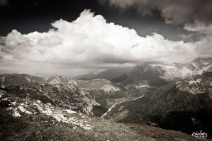 Nuages sur le vallon by rdalpes