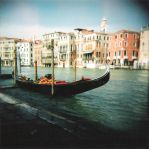 HOLGA: Gondola by pet-rubber-duck