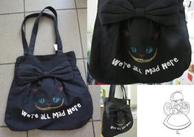 The Cheshire Cat Bag by charlinedrice