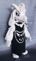 Asriel Dreemurr from Undertale plushie by adamar44
