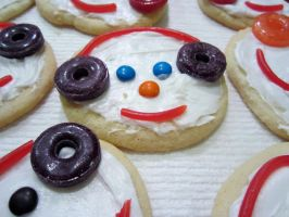 Cookie Snow Men by MyThoughtsAreDeep