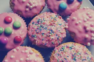pink cupcakes. by Moerlimaus