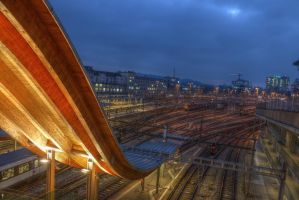 Gare Bern Nuit HDR by bribesdemoi