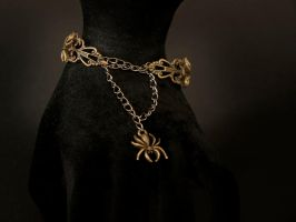 bracelet - bronze spiders by Sizhiven