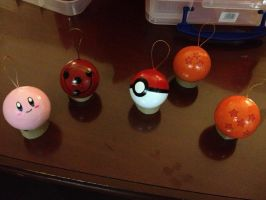 Anime/Nintendo ornaments by luretan