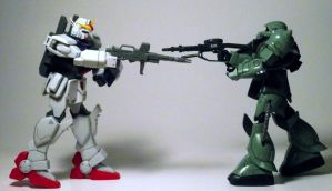 Gundam VS Zaku by Kjasi