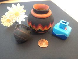Clay vases by KosenWing