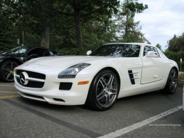 White SLS by SeanTheCarSpotter