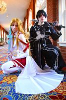 Kirito and Asuna: Sword Art Online by residentexorcist