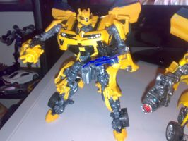 BB Bumblebee - battle by Carnivius