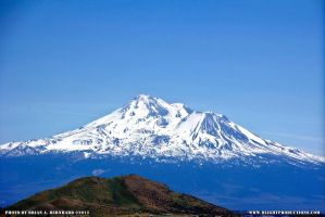 Mount Shasta 02 by BlightProductions