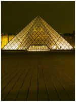 Musee du Louvre by iamthewizard2