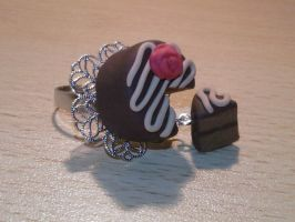 Ring with Sacher cake fimo by bimbalove81