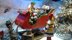 Santa's Sleigh by Born2MakeUHappy