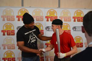 Teal'c handshake by middlelink