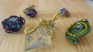 wire wrap pendants by Craftcove
