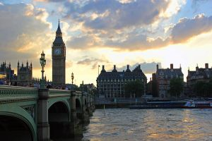 London Sunset by LewisWoods
