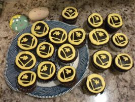 Long Live the Legion Cupcakes by Kikane