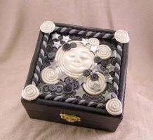 Full Moon spirit box by IntotheDawnDesigns