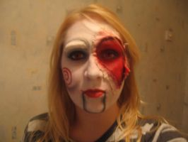Jigsaw-ripped make up by sazmullium