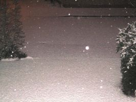 snowing at night 2 by sillysammy