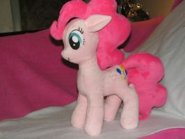Minky Pinkie Pie Plush by KarasuNezumi
