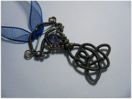 Celtic Knot Pendant by MayaHandmade
