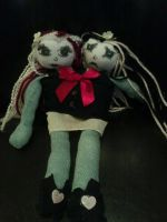 Conjoined Twin Doll by Drachenfire305