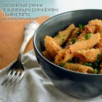 Garlic penne with dried tomatos and bread crumbs by Pokakulka