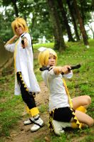 First Virus Resistance - Rin x Len by cure-pain